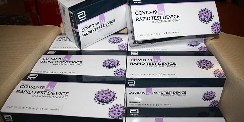 Llegan al área de Salud de Cuenca los primeros 8.000 test de antígenos