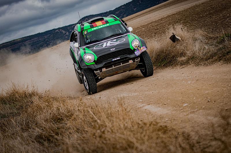 Luis Recuenco, con el Mini Countryman, gana el primer selectivo del Rallye de Cuenca y se pone en cabeza del Campeonato de España