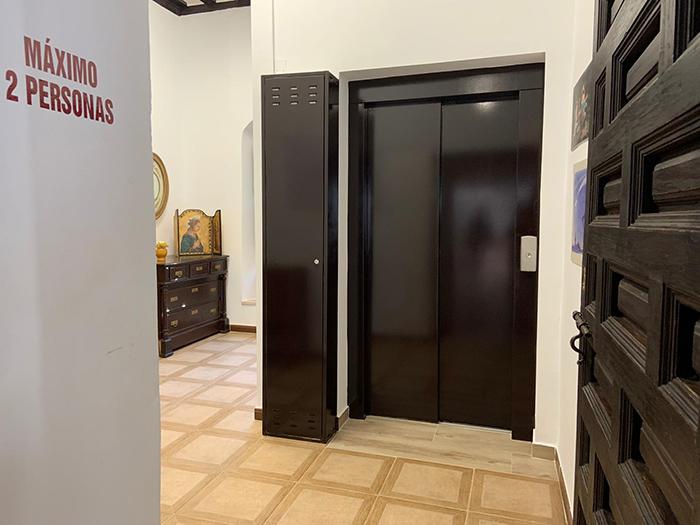El Ayuntamiento de Tarancón instala un ascensor en Casa Parada para mejorar la accesibilidad a la misma