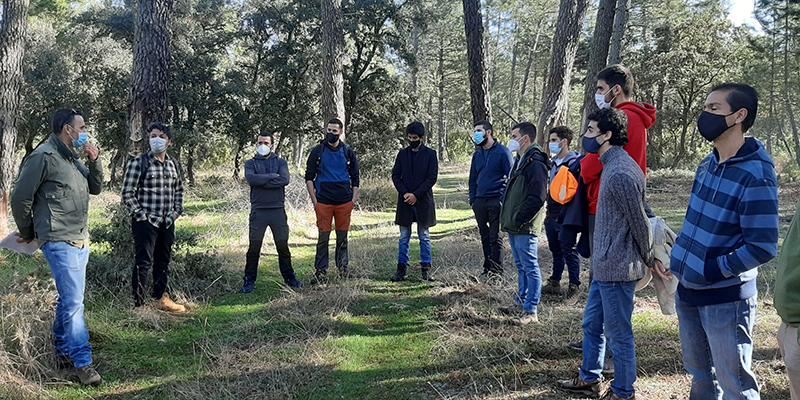 El proyecto 'Resetas' para repoblar la España vaciada realiza una visita técnica a Almodóvar del Pinar