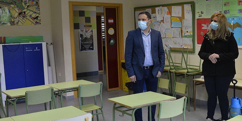 La Diputación de Cuenca prorroga las ayudas para la limpieza de colegios de la provincia hasta que finalice el curso escolar
