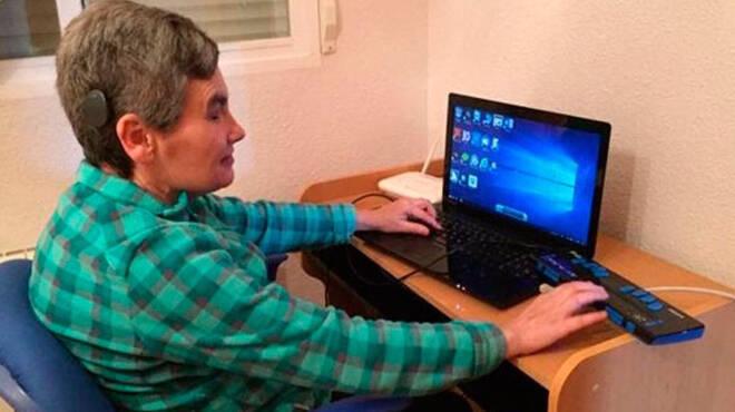 La escritora conquense María Jesús Cañamares Muñoz gana el Concurso Europeo de Redacción sobre Braille 2020