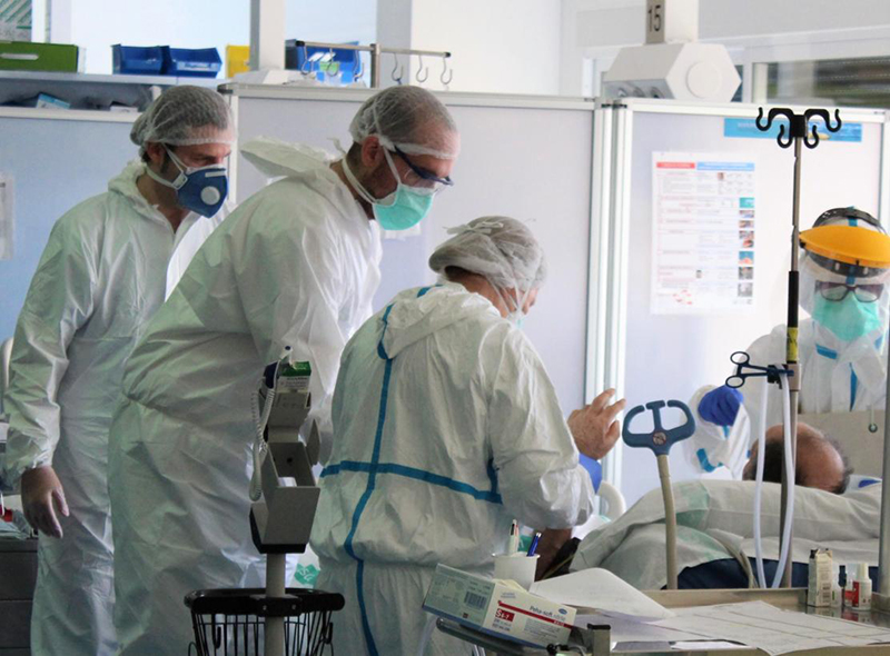 Lunes 16 de noviembre Dos fallecidos en Cuenca a causa del coronavirus y otro en Guadalajara en otra jornada de descenso de contagios