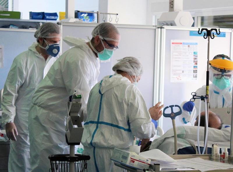 Lunes 2 de noviembre El coronavirus sigue matando en Guadalajara y Cuenca sigue pasando el centenar de nuevos contagios