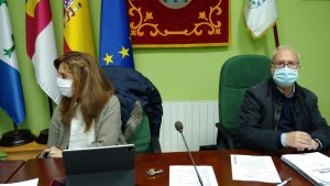 Ayuntamiento de Fuentenava de Jábaga. Doce años consecutivos de superávit municipal desde que, en el 2007, accediera José Luis Chamón a la Alcaldía.