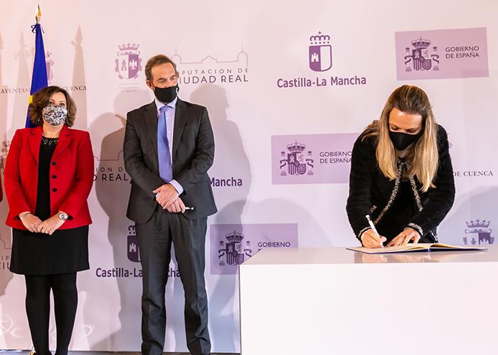 Cuenca y Sigüenza firman para recibir 1,82 y 1,4 millones de euros con el objetivo de potenciar el turismo