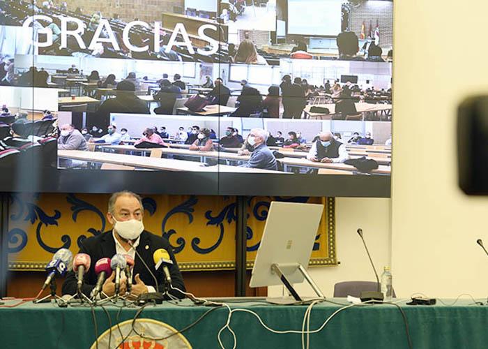 """Julián Garde asume la """"responsabilidad"""" como rector de la UCLM con un proyecto """"innovador e integrador"""""""