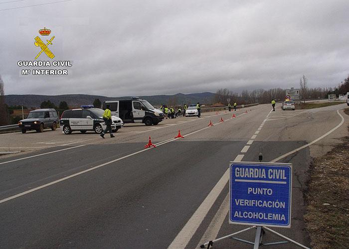 La Guardia Civil de Cuenca investiga a un conductor por circular con un vehículo con el tacógrafo digital manipulado