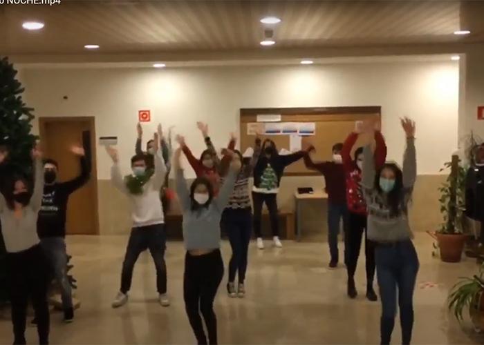 """Los alumnos de Didáctica de la Música de la mención en música de la Facultad de Educación de Cuenca (UCLM) lanzan la canción navideña """"no dudaría"""""""