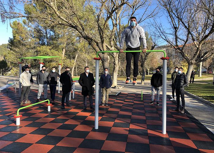 Los usuarios de calistenia pueden ya disfrutar de la primera instalación para este deporte en Cuenca