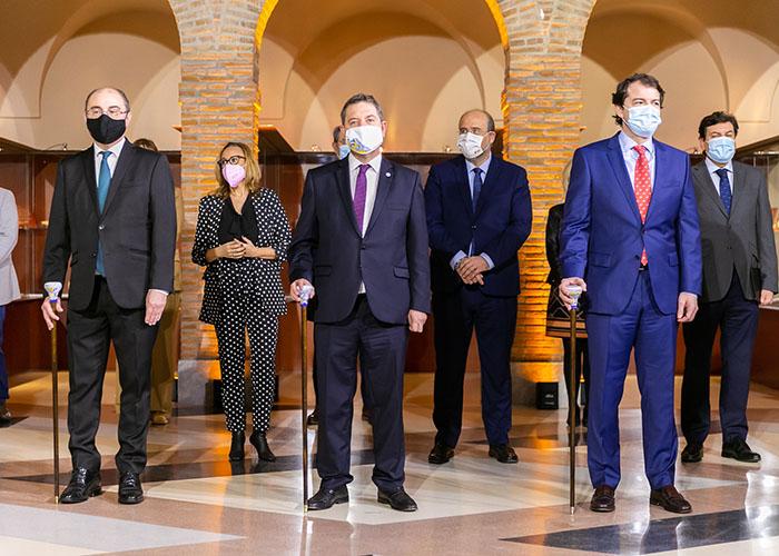 Page, Mañueco y Lambán proponen un acceso nacional a la información sanitaria y urgen la convocatoria de la Conferencia de Presidentes para conocer el reparto de los Fondos UE