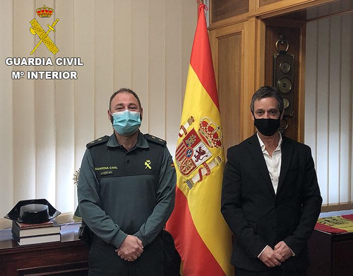 Primera reunión del nuevo director del centro penitenciario de Cuenca y el jefe de la Comandancia de la Guardia Civil