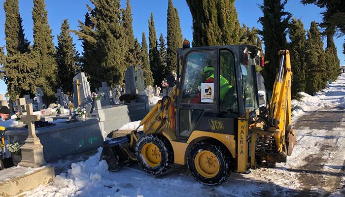 El Ayuntamiento de Tarancón revisa las instalaciones del cementerio municipal para garantizar su reapertura en buenas condiciones