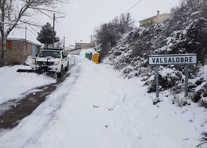 La Diputación de Cuenca en colaboración con GEACAM, realiza 80 actuaciones para limpiar la nieve y el hielo de las carreteras