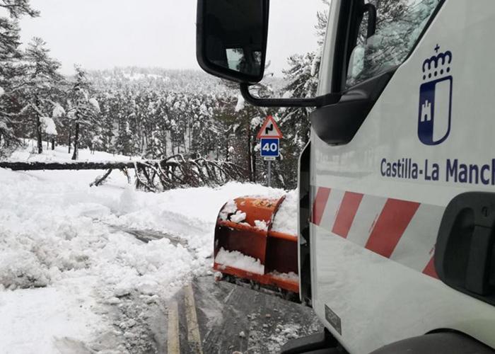 La Junta tiene preparado un dispositivo especial para hacer frente a las incidencias que pueda provocar la nieve en la Red Regional de Carreteras