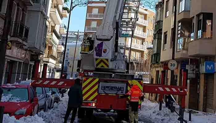 VOX Cuenca reconoce el heroico trabajo de los bomberos del servicio provincial de incendios y se suma a sus reivindicaciones laborales