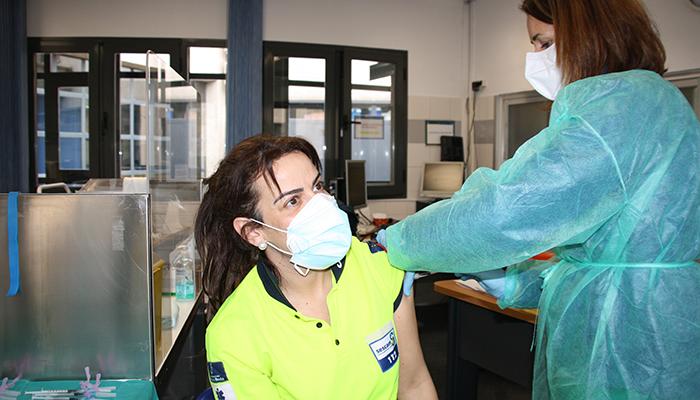 La Gerencia del Área Integrada de Cuenca iniciado la vacunación de los profesionales con la segunda dosis contra el SARS-Cov-2