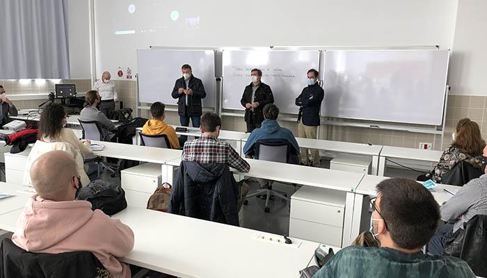 Los 30 participantes que conforman la segunda promoción de UFIL inician su formación
