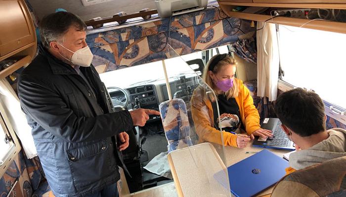 Un total de 42 personas ya han hecho uso del programa 'Acércate' en Cuenca que tiene como objeto facilitar a los vecinos las gestiones telemáticas