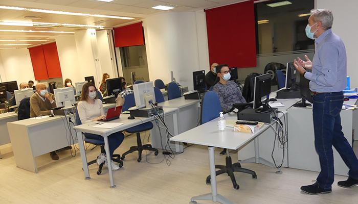 AJE Cuenca ha aprovechado las instalaciones del vivero para impartir distintas jornadas informativas