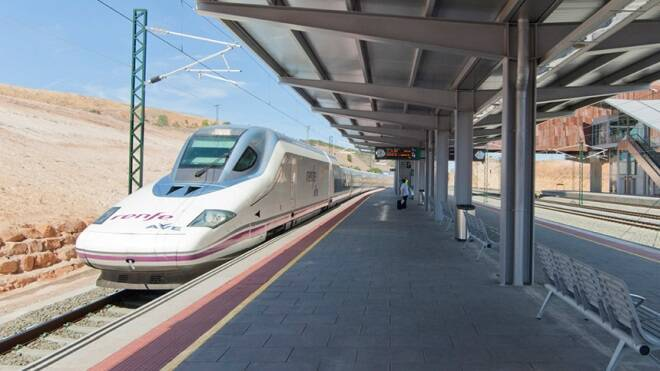 Desalojan la estación del AVE de Cuenca al encontrar una granada de la Guerra Civil en un equipaje