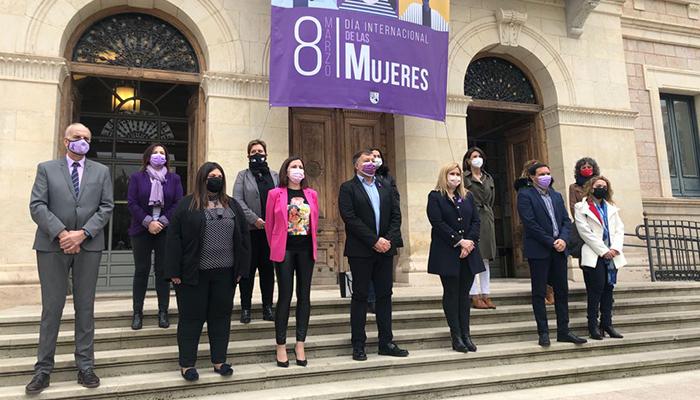 """El alcalde de Cuenca incide en la importancia de la visibilidad de las mujeres """"en todos los ámbitos de trabajo"""""""