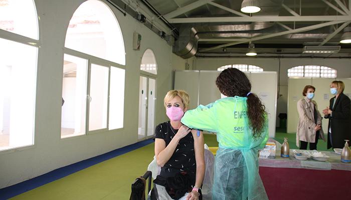 El Área de Salud de Cuenca comienza la vacunación del personal docente de la provincia frente al SARS-CoV-2