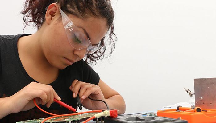 El Gobierno regional subvenciona 33 proyectos de innovación en FP para desarrollar en 27 centros educativos de la Comunidad Autónoma