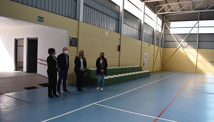 El Gobierno regional destina 60.000 euros a la ampliación del polideportivo del CEIP ´Puebla del Aljibe´ en Santa Maria de los Llanos