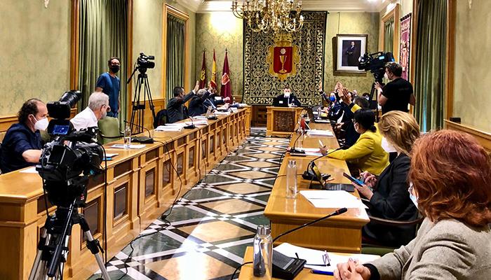 El Pleno del Ayuntamiento de Cuenca aprueba el convenio de bomberos con la Diputación Provincial
