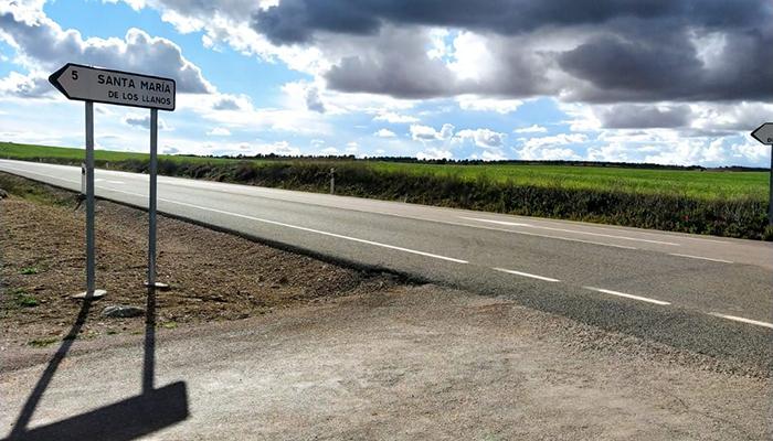 El Pleno del Ayuntamiento de Santa María de los Llanos aprueba por unanimidad pedir a Fomento el acceso desde la N-420