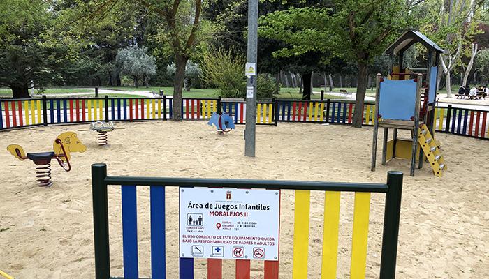 Finalizada la renovación del área infantil de Tiradores Altos y casi a punto las de San Antón y Moralejos dentro de las previstas en esta primera fase
