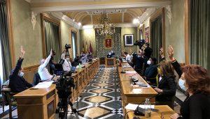Todos los grupos políticos en el Ayuntamiento de Cuenca se ponen de acuerdo para pedir a Fomento la recuperación y mejora del AVE