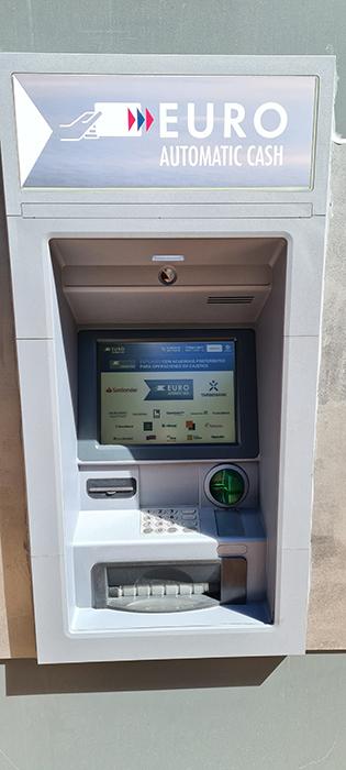 Correos instala un cajero automático en la Oficina Principal de Cuenca