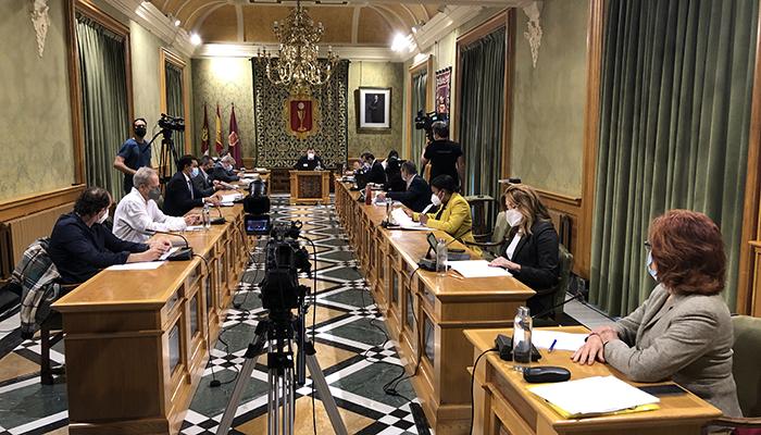 El equipo de Gobierno dará cuenta al Pleno de todas las actuaciones llevadas a cabo en torno a las obras de la calle Canónigos