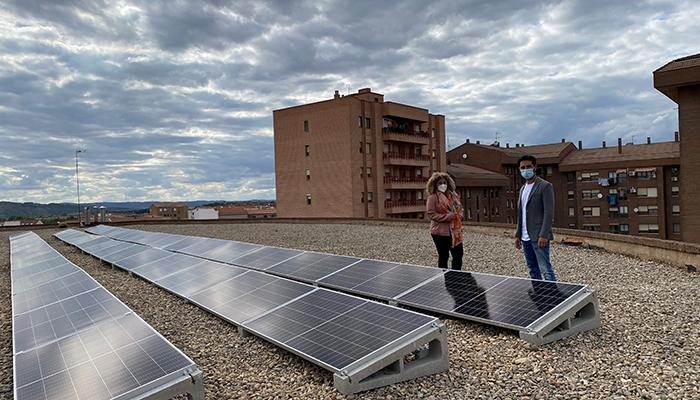 El Gobierno regional favorece la instalación de placas fotovoltaicas en los edificios públicos de la administración