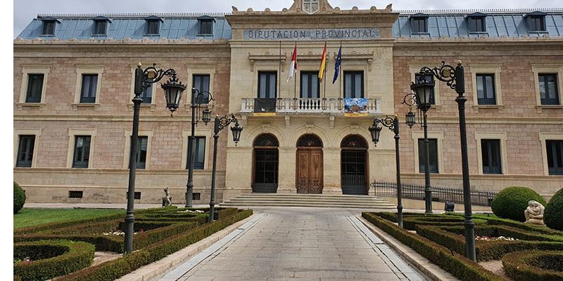 La Diputación de Cuenca ayudará a los ayuntamientos en la restauración de los documentos de interés histórico en mal estado