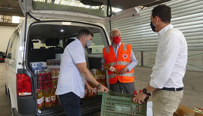 Trivio y Talleres Manchegos donan alimentos a Cruz Roja por valor de 900 euros
