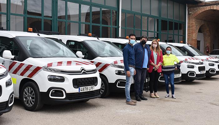 El Gobierno regional adquiere seis nuevas furgonetas para las brigadas de carreteras de la provincia de Cuenca