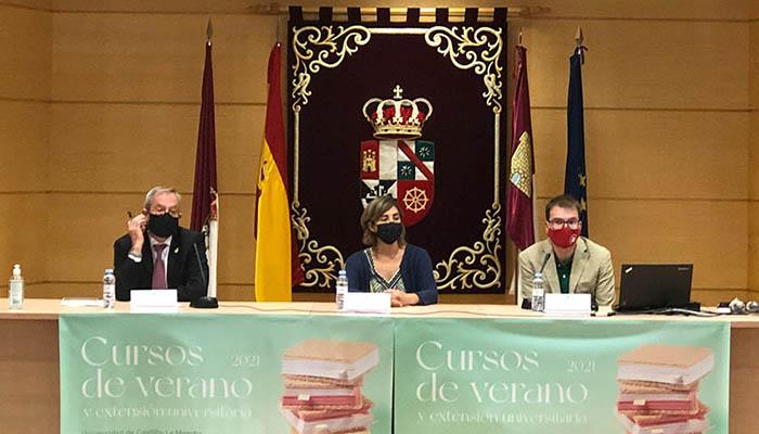 Fiscales, magistrados, abogados y estudiantes debaten en el Campus de Cuenca las líneas maestras del anteproyecto de Ley de Enjuiciamiento Criminal
