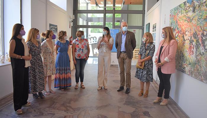 La Junta lleva a Cuenca la obra de mujeres artistas de la región gracias a la Muestra de Mujeres 'Amalia Avia'