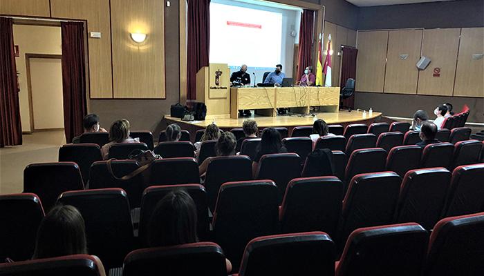 La segunda fase de los Entornos Escolares Seguros en Cuenca reforzará las medidas de cierre del tráfico en las inmediaciones de los colegios