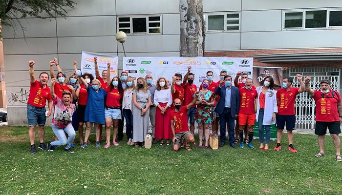 """Los socialistas conquenses reciben a la expedición del Movimiento Utreya a su paso por Cuenca con sus """"pedaladas solidarias"""""""