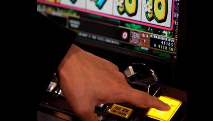 Si tienes un bar con máquinas tragaperras puedes beneficiarte de la ampliación de la bonificación de la tasa fiscal del juego