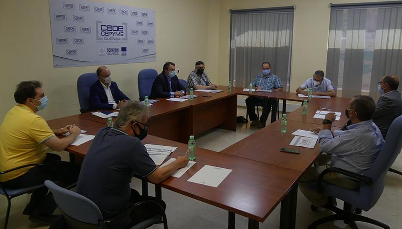 CEOE Cuenca aclara a pueblos con el tren que quieren mejorar la movilidad de sus localidades