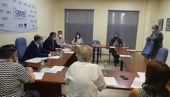 CEOE-Cepyme Cuenca muestra su plan de movilidad a los distintos grupos políticos del Ayuntamiento de Cuenca