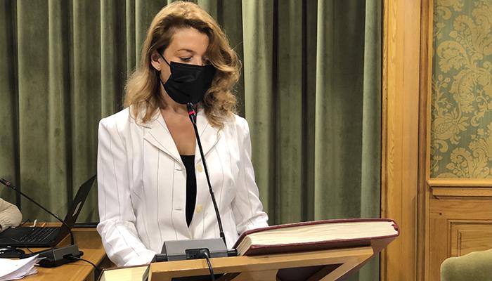 """Charo Rodríguez Patiño toma posesión como concejala con un """"inmenso orgullo"""" y """"con la gran responsabilidad que ello supone"""""""