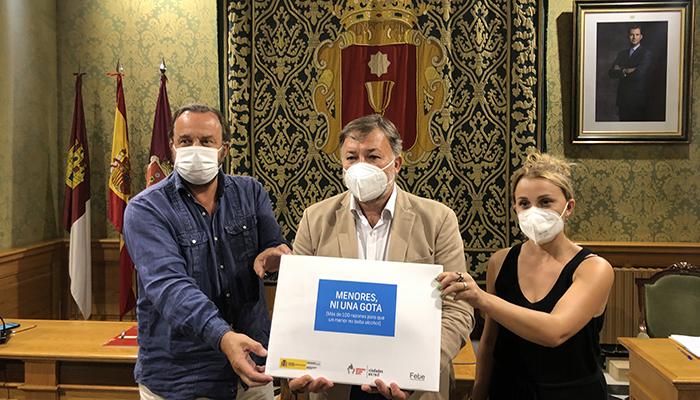 El Ayuntamiento de Cuenca y Espirituosos España renuevan su colaboración para prevenir el consumo de alcohol en menores y otros colectivos de riesgo