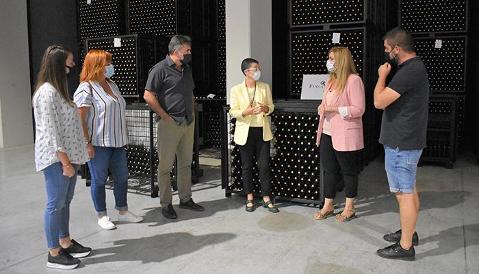 El Gobierno regional ha destinado alrededor de 200.000 euros en ayudas a la inversión de la Cooperativa San Fernando y la bodega Finca Antigua S.A. en Los Hinojosos