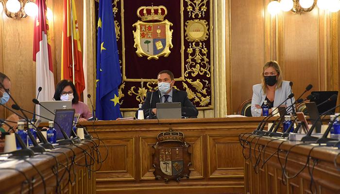 El pleno de la Diputación de Cuenca aprueba más de tres millones de euros para patrimonio, la hípica, ayudas DANA, emprendimiento y entidades sociales